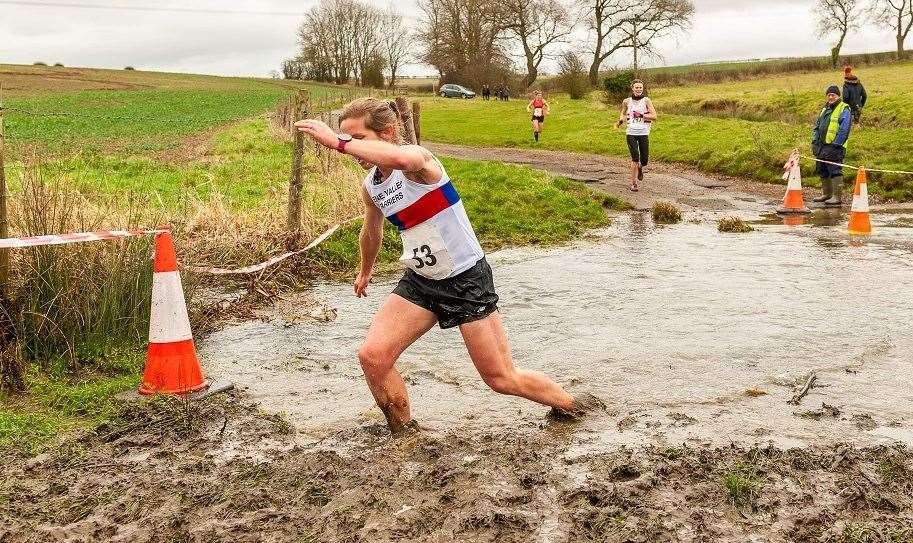Ruth Jones defied a testing course to finish fourth at the Lincolnshire Championships.