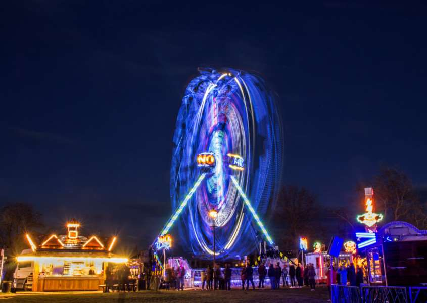 The Stamford Mid-Lent Fair gets underway in 2016'Photo: Lee Hellwing EMN-160803-123318001