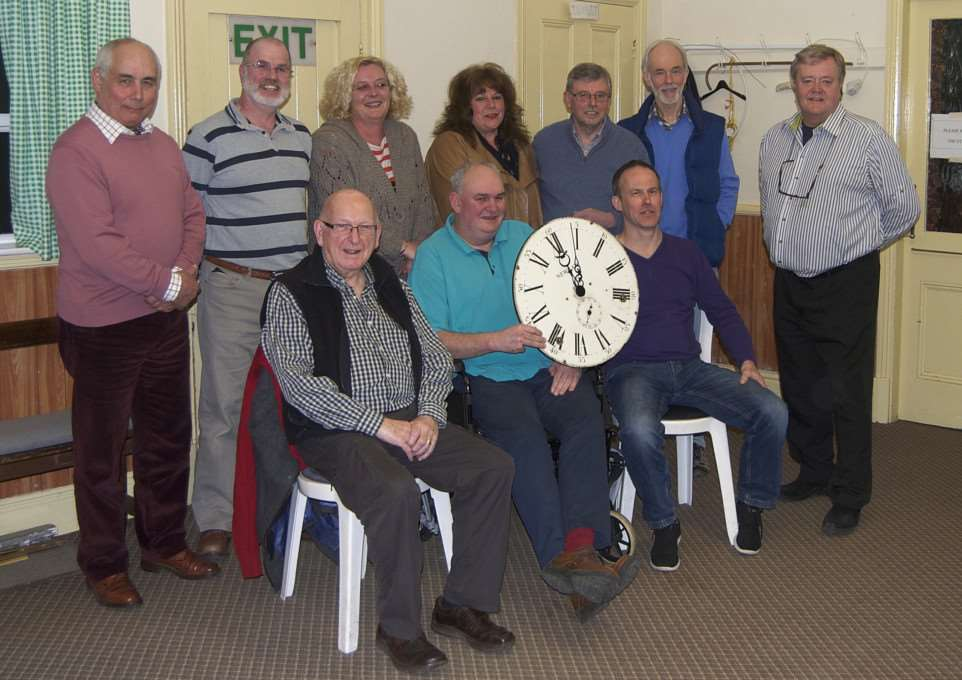 Ryhall Parish Council presents retiring councillor Simon Fenn with a clock EMN-150604-140645001