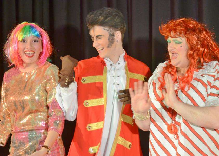 Priory Players dress rehearsal of Beauty and the Beast at The Deepings School. EMN-160117-172938009