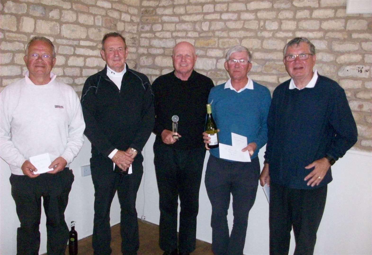 Dobson leads the Toft prize spree by taking top spot in Seniors Open