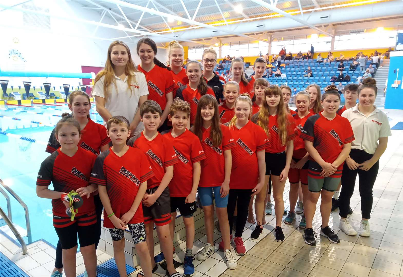Lorna leads the way in record-breaking feats for Deepings swimmers