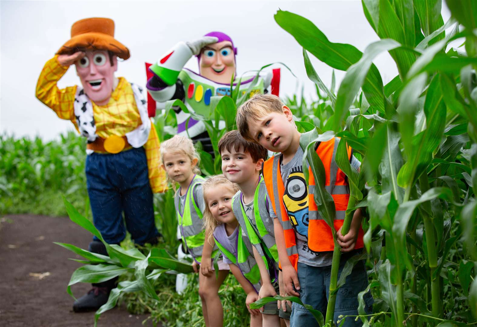 Edenham Pre-School pupils first to visit Toy Story tribute maize maze near March as Buzz Lightyear parachutes in