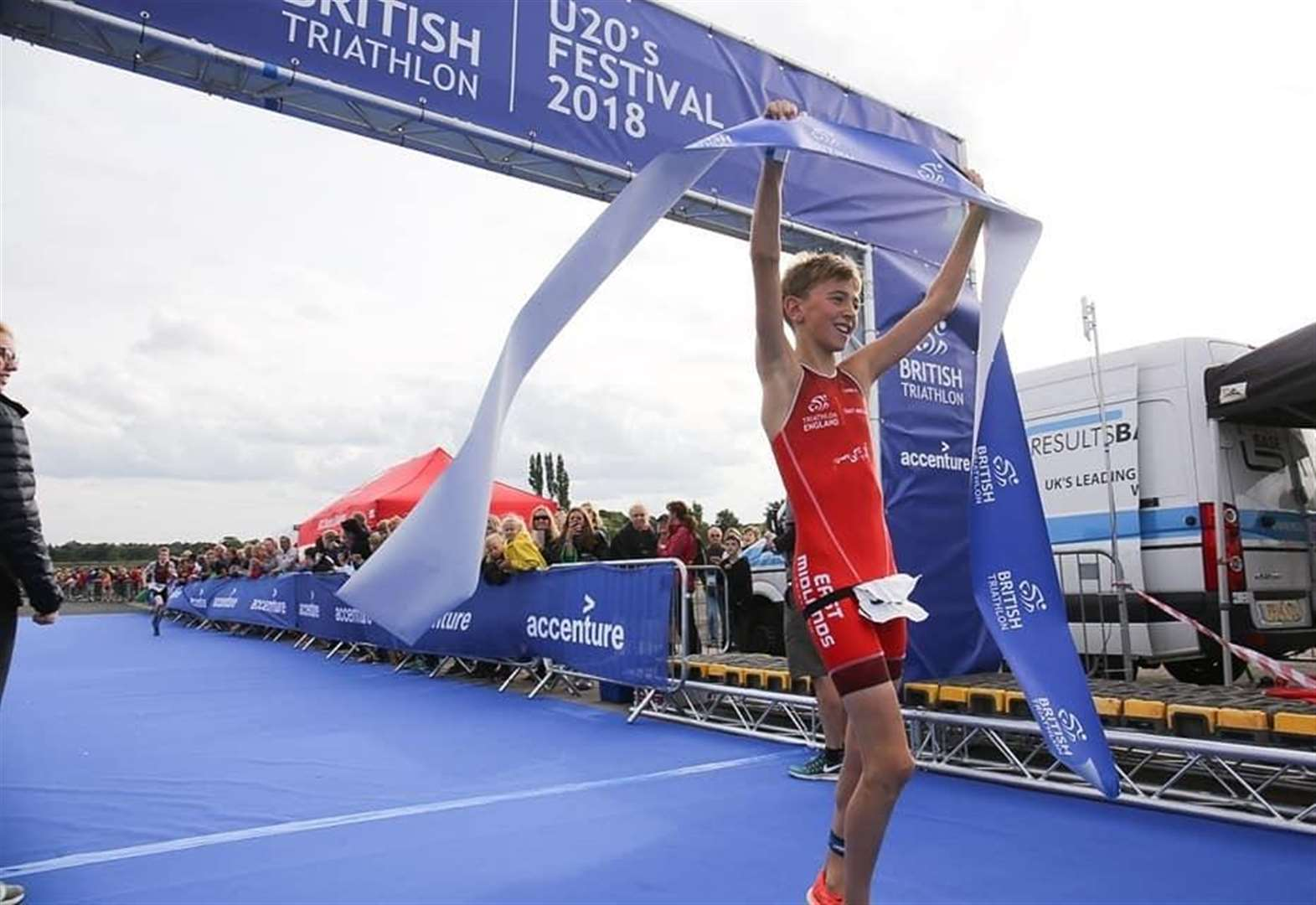 TRIATHLON: Tom exceeds expectations to claim national title glory