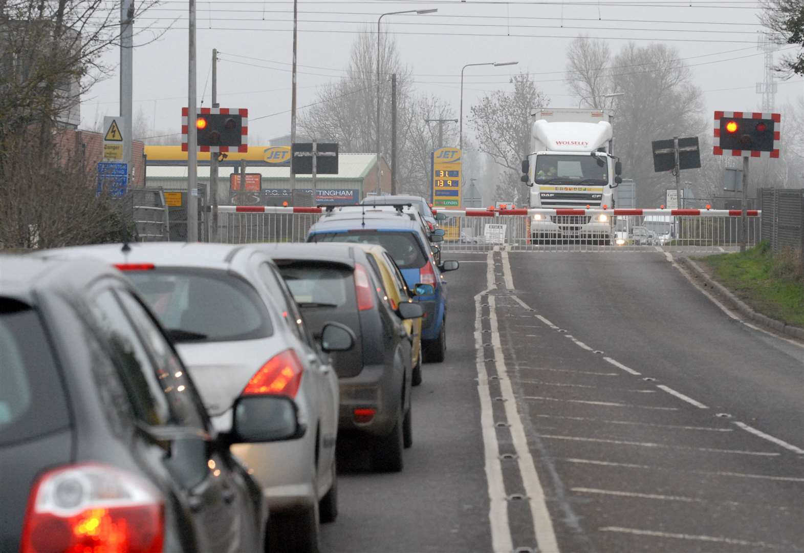 Level crossing open again after overhead line problems