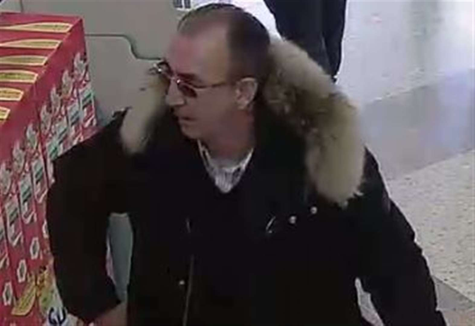 Theft in supermarket sparks police appeal