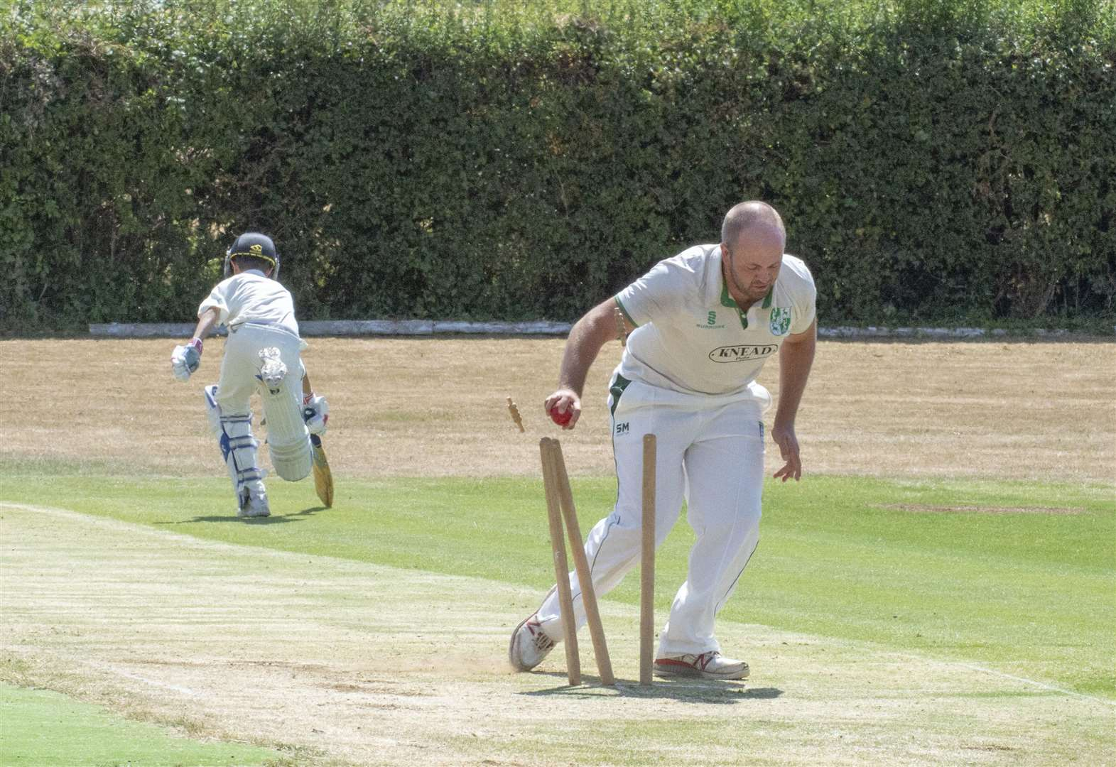 RUTLAND LEAGUE: Sports surge to the summit after emphatic win