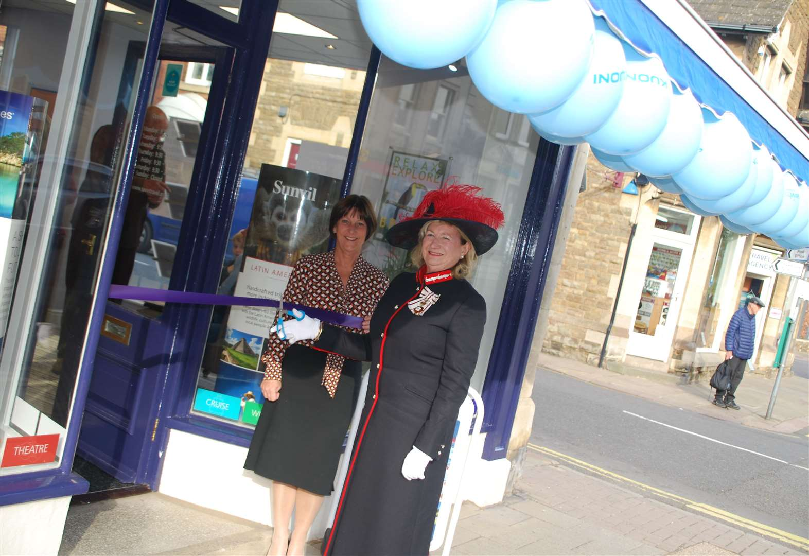 Travel agent reopens in high street
