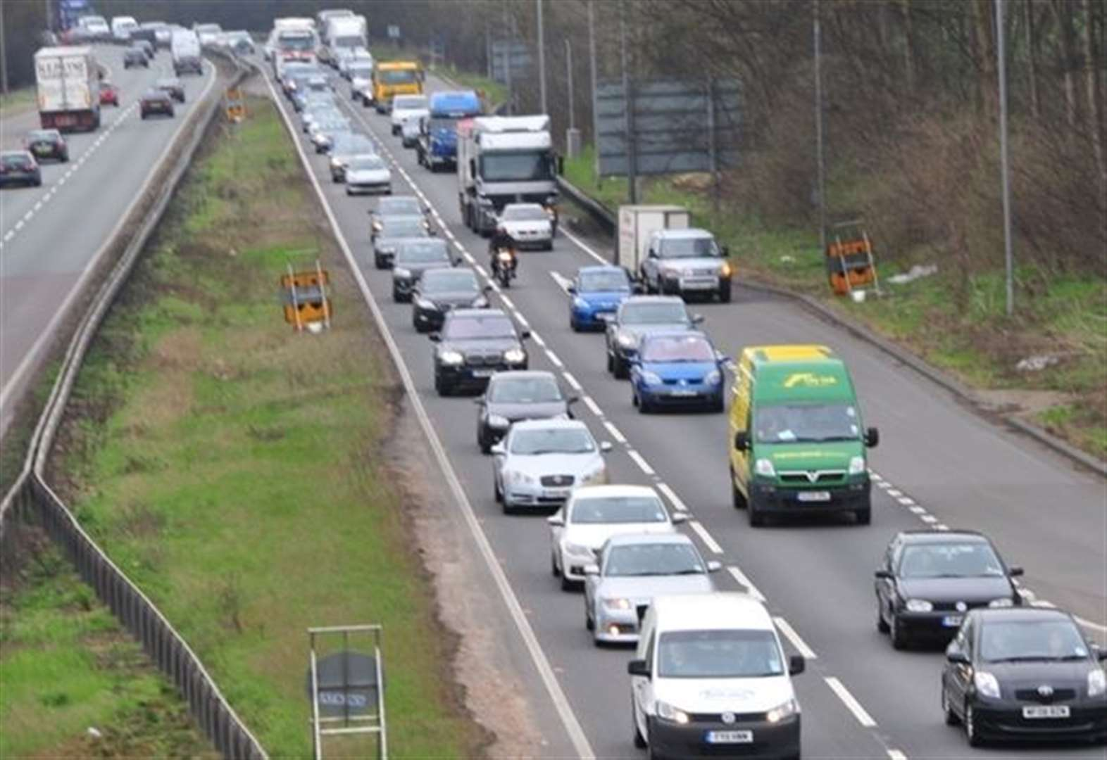 Severe delays on A1 between Stamford and Grantham again as van catches fire