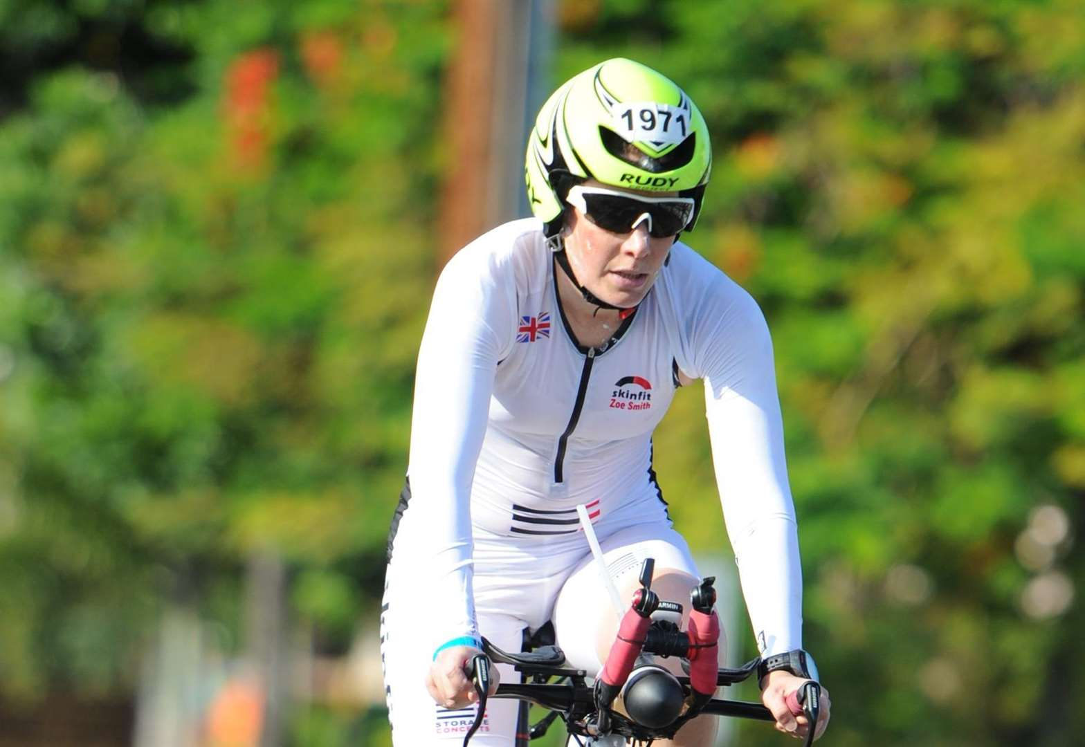 IRONMAN: Smith sets new best in world championships