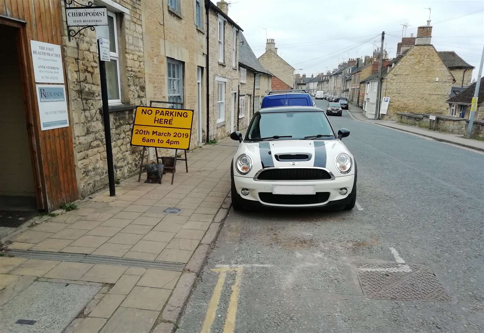 Warning not to park in St Leonard's Street, Stamford