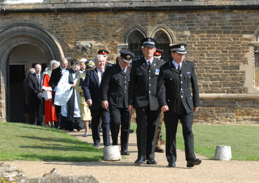 Photo: SM280711-001ow.jpg'Court procession from Oakham Castle to All Saints Church, Oakham. ENGEMN00120110728131035