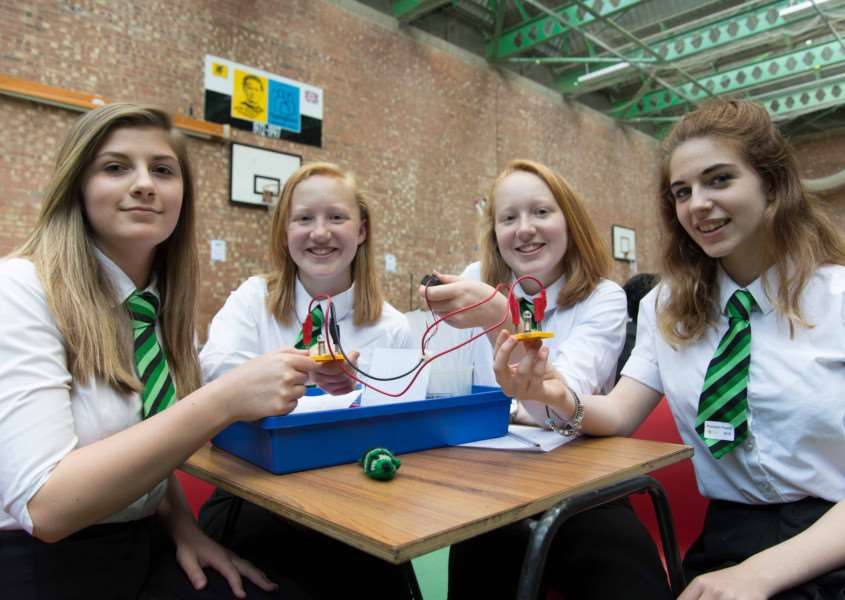 Science fair at Uppingham Community College. Lauren Gear, Hannah and Amelia Seymour with Isobelle Garnett-Clarke from Catmose College. Photo: Alan Walters MSMP-03-07-15-aw003 EMN-150607-114415001