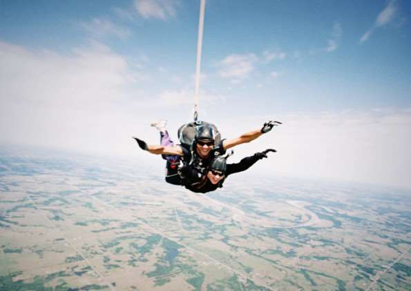Skydiving for WaterAid Rutland. EMN-150128-104708001