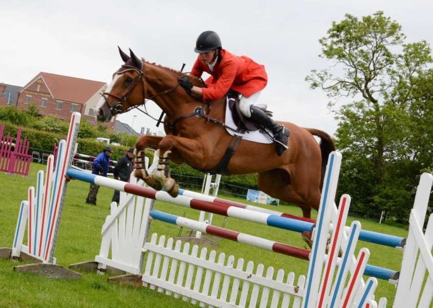 Rutland County Show 2015. Action from the show jumping. Photo: Alan Walters MSMP-31-05-15-aw004 EMN-150106-122531001
