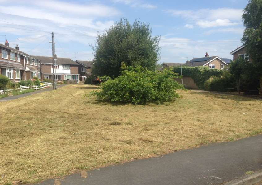 A previously overgrown plot of land in Casterton Road, Stamford, has now been cleared. EMN-150716-133005001