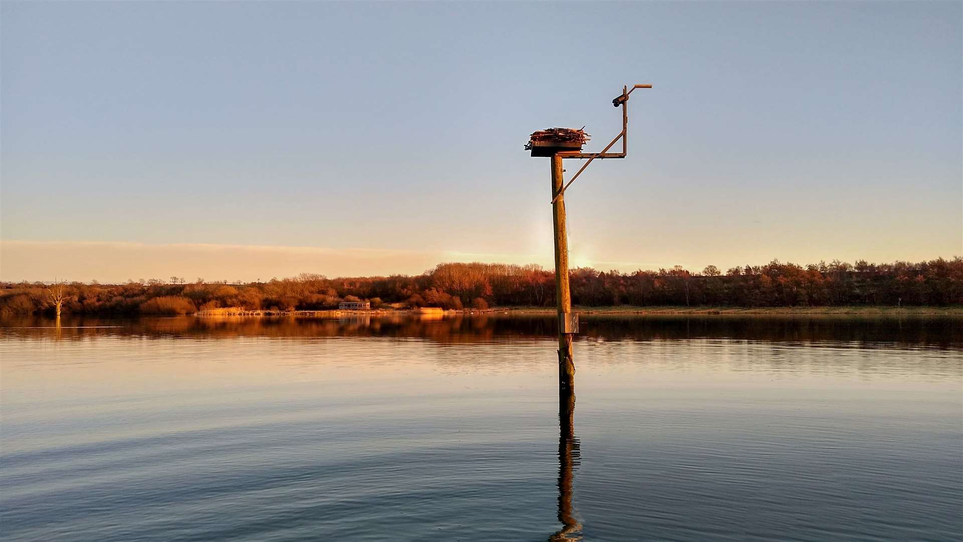 New webcams have been installed at Manton Bay. Photo: Jason Fathers