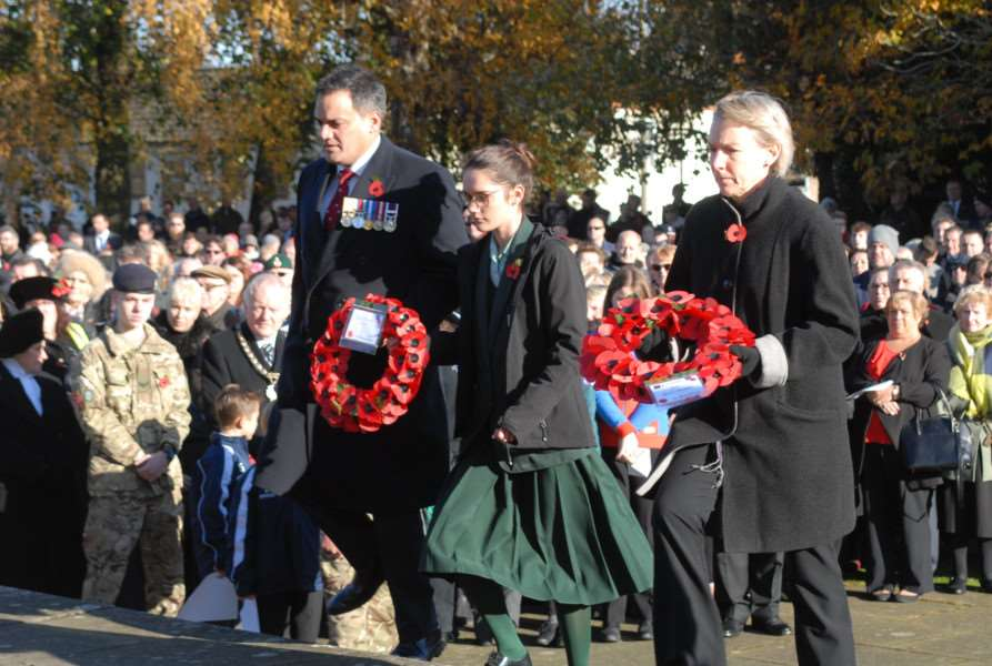 Remembrance Parade and wreath laying at Bourne