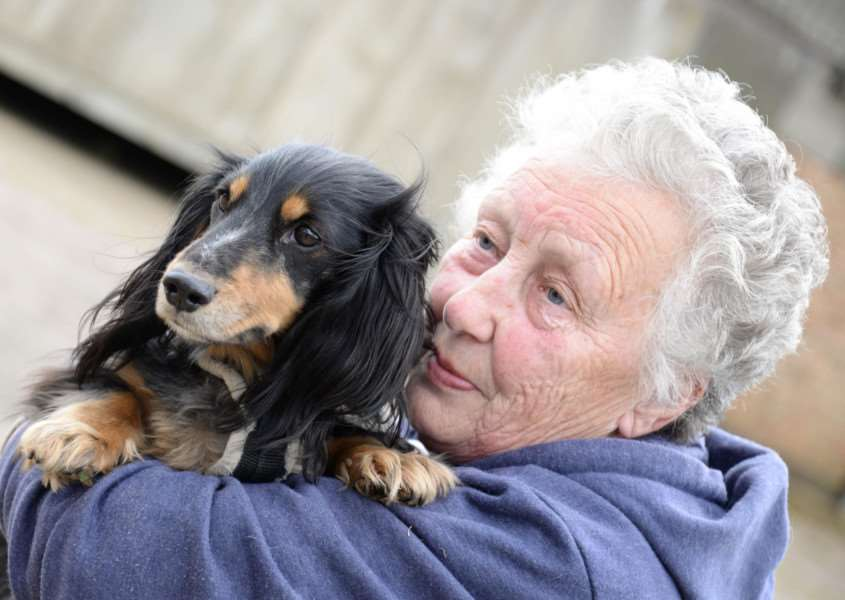 Veronica Gillingham with Sweetie, who was saved from lungworm by Stamford Veterinary Centre. Photo: Alan Walters MSMP-28-04-15-aw003 EMN-150429-095654001