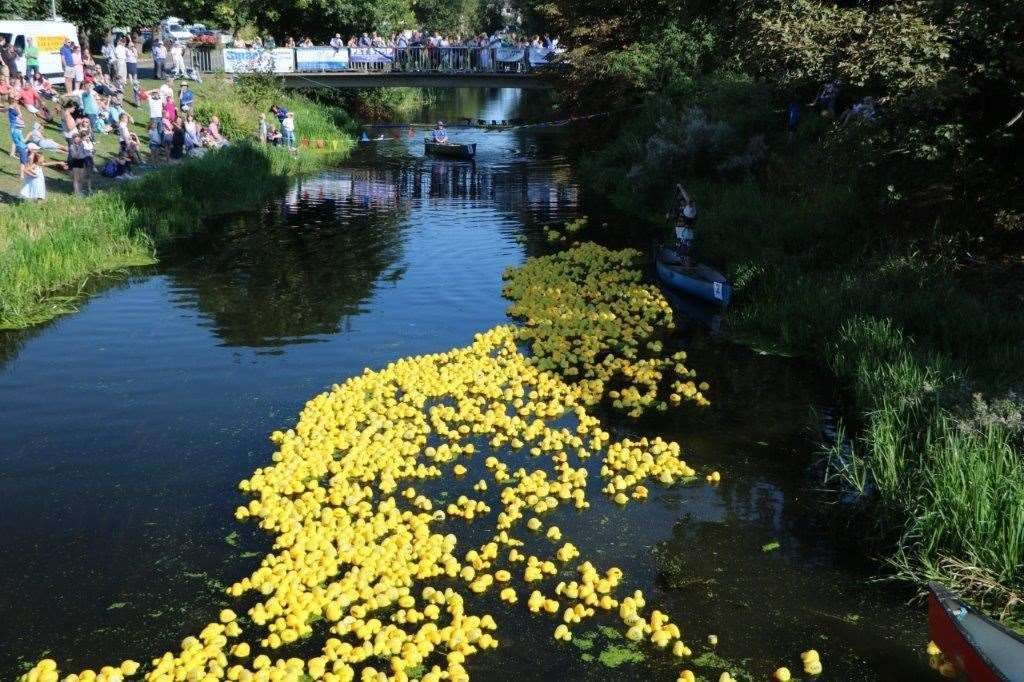 Deepings Duck Race