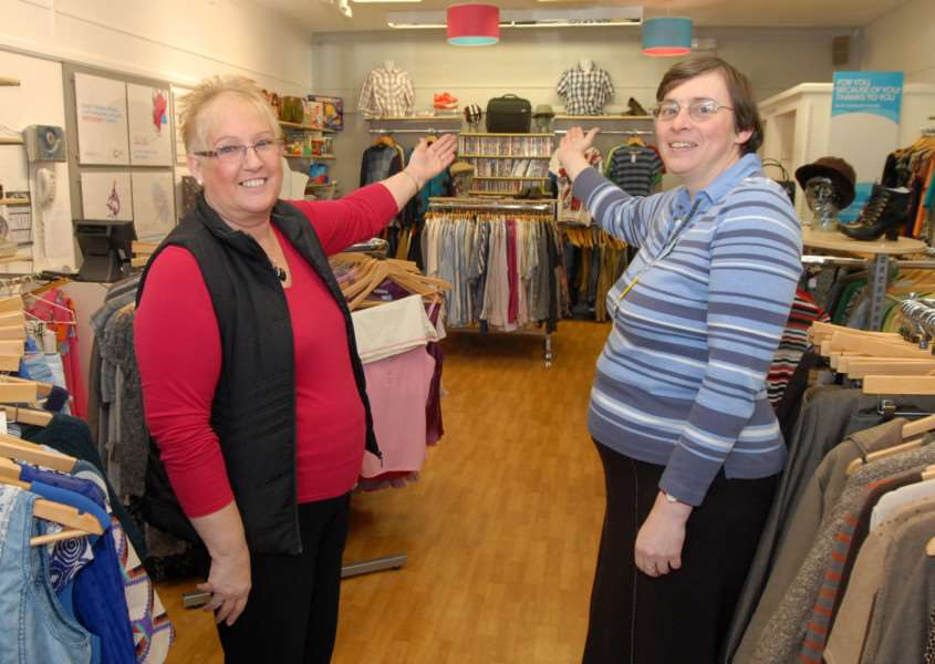 Oakham Cancer Research UK shop has undergone a refit. Manager Wendy Henderson, left, and volunteer Mandy Dolby in the new look shop.'Photo: MSMP040214-002ow ENGEMN00120140402195814