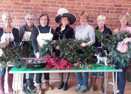 High Sheriff of Rutland Dr Sarah Furness helps to make wreaths. EMN-160812-162424001
