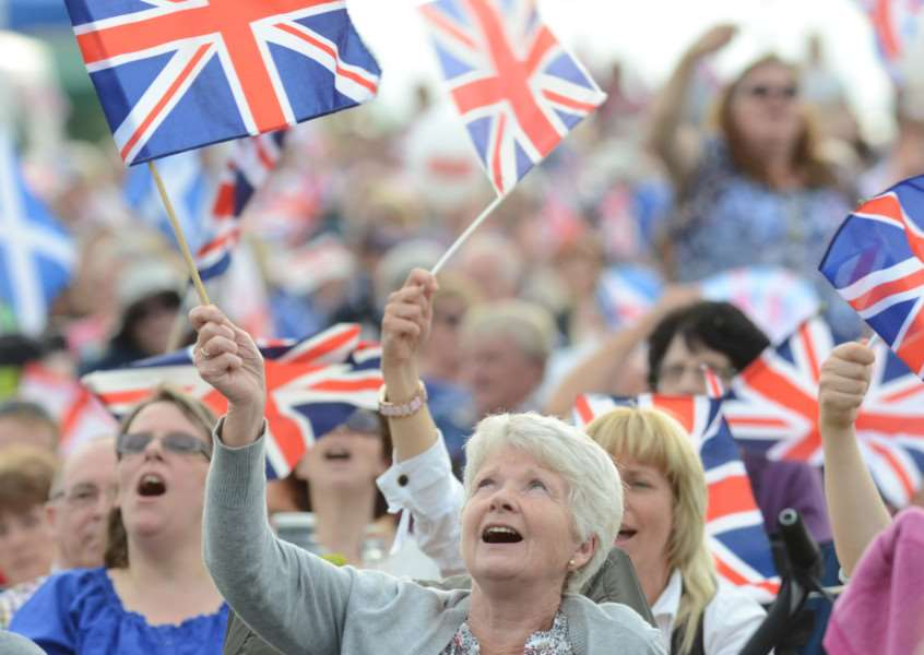 Battle Proms at Burghley House - visitors to the event EMN-140607-184227009
