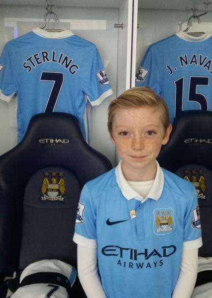 Tom Ashley wins a VIP experience at Man City EMN-151125-101550001