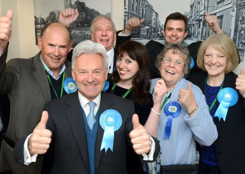 Sir Alan Duncan and team celebrate success with an increased majority EMN-150805-092738001