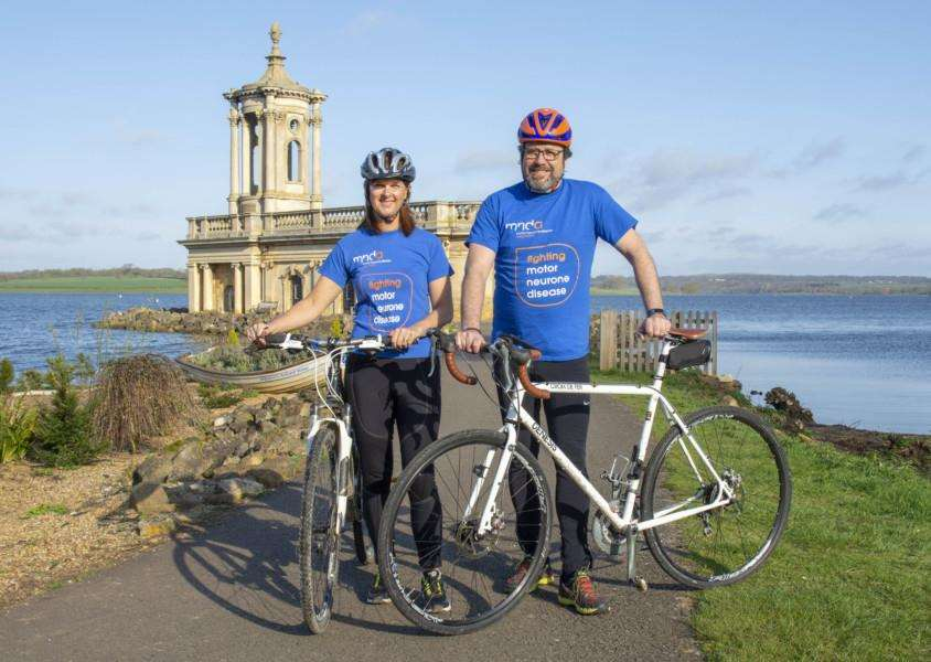 Kathryn Drakard and Giles Houston with their bikes at Rutland Water. By Lee Hellwing.