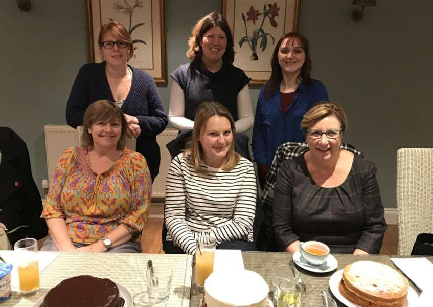 November meeting of Stamford Clandestine Cake Club EMN-160811-102407001