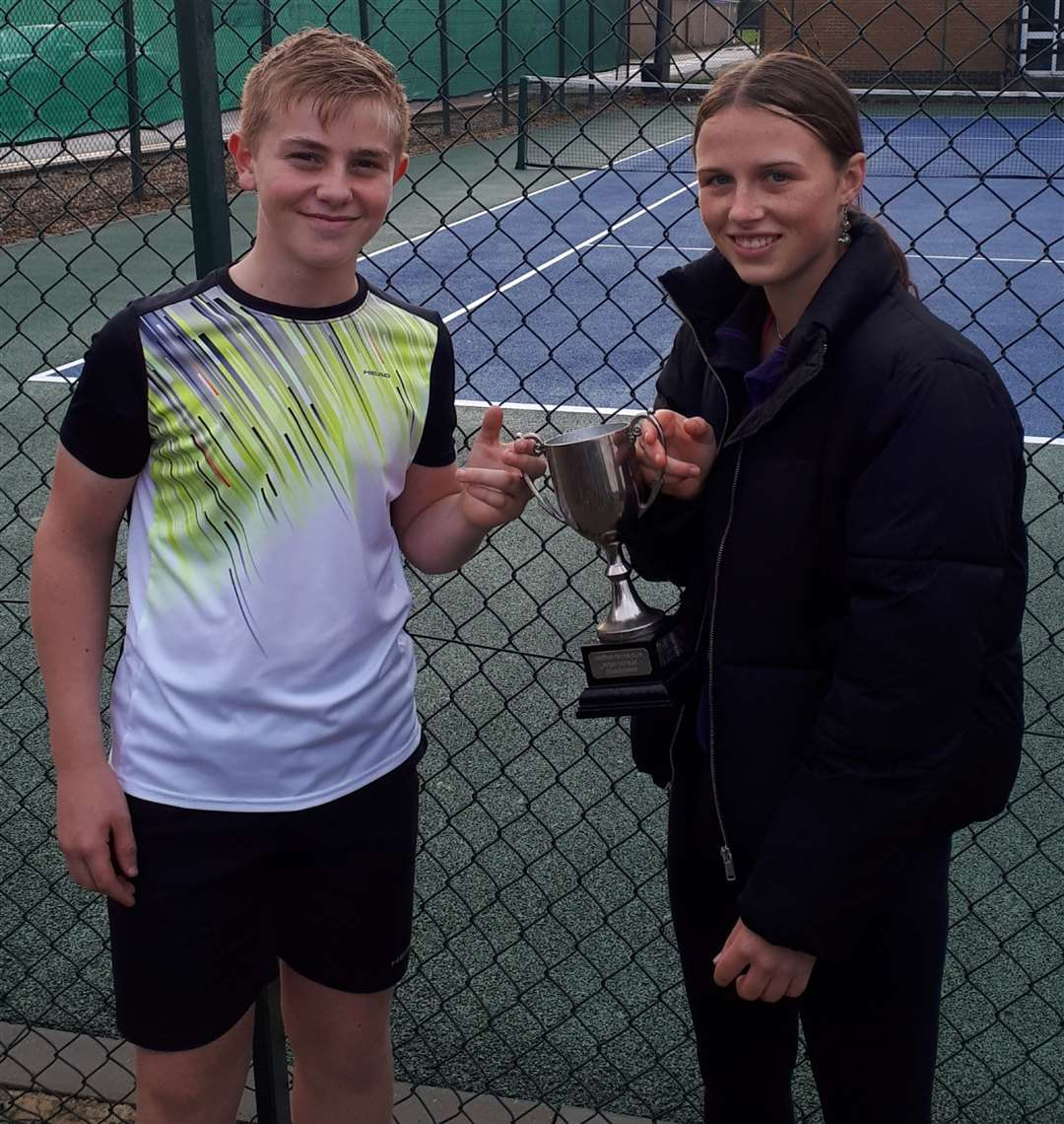 Alice Gamman and Chase Burgess were the mixed doubles winners.