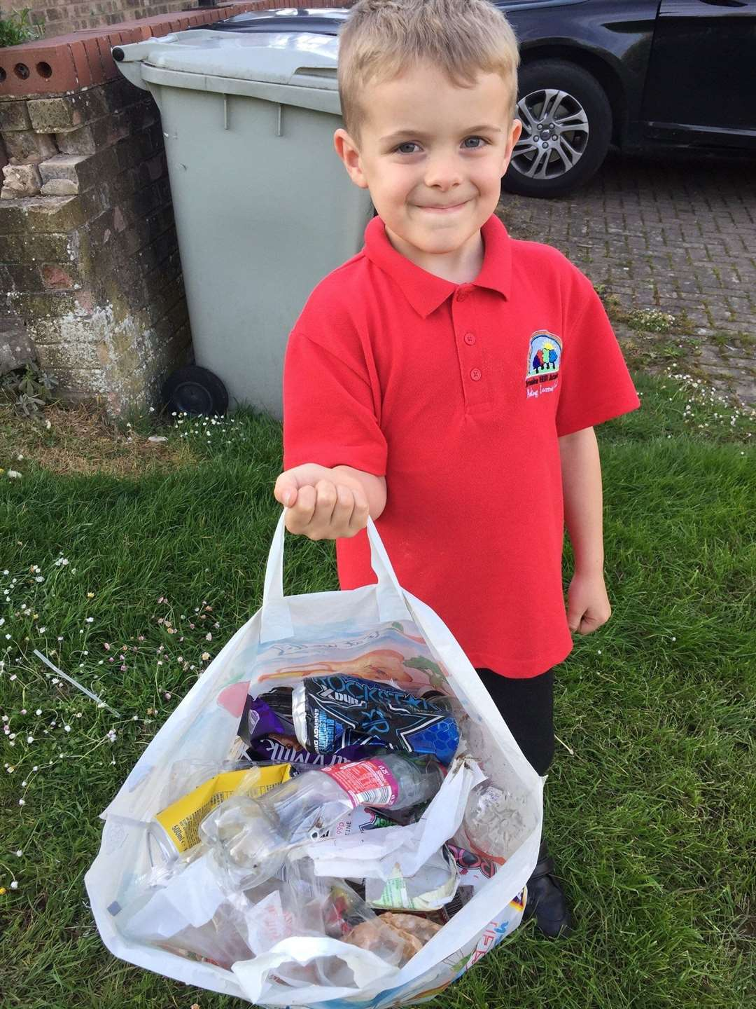 Waste Warrior Alfie Palmer plans to litter pick all the parks in Oakham (10795887)