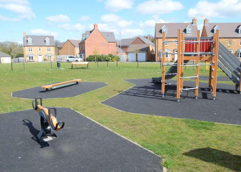 Play area at Belvoir Way, Stamford EMN-160419-163535009