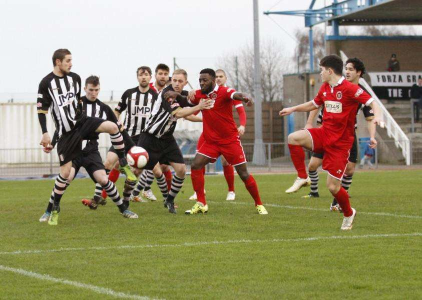 Action from Grantham Town against Stamford on Bank Holiday Monday. Photo: Geoff Atton EMN-151230-125308001
