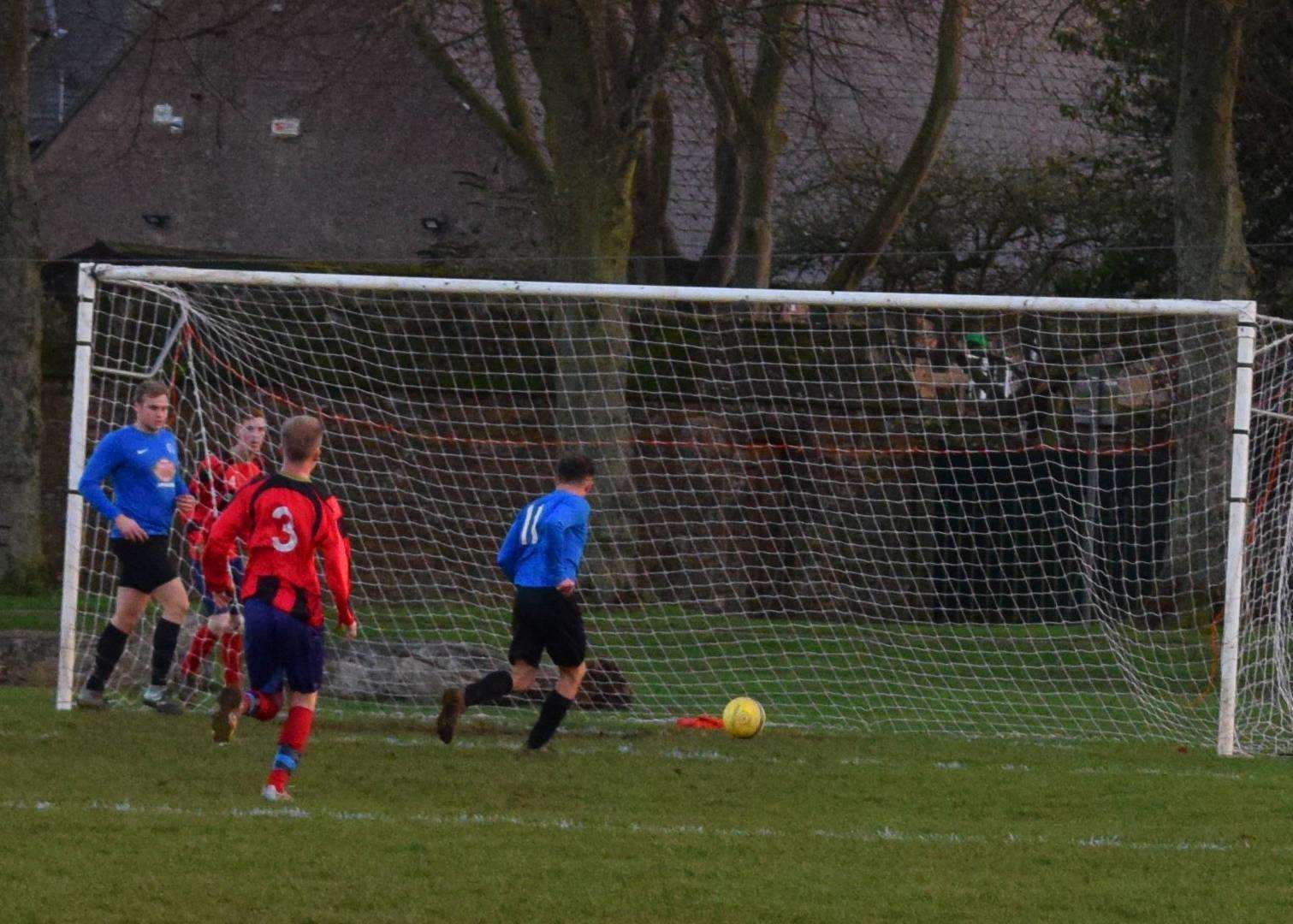 Liam Hull scores for Uppingham Reserves on Saturday. (5937416)