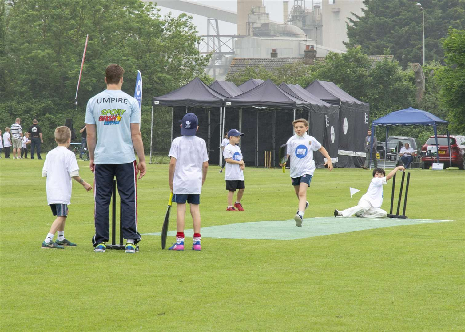 Future stars in action in the BGL Kwik Cricket tournament Photo: Lee Hellwing
