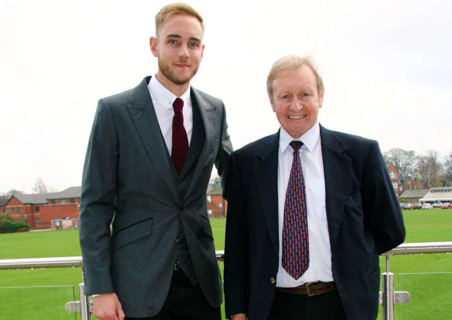 England cricketer Stuart Broad with former cricket coach Frank Hayes EMN-140312-090850001