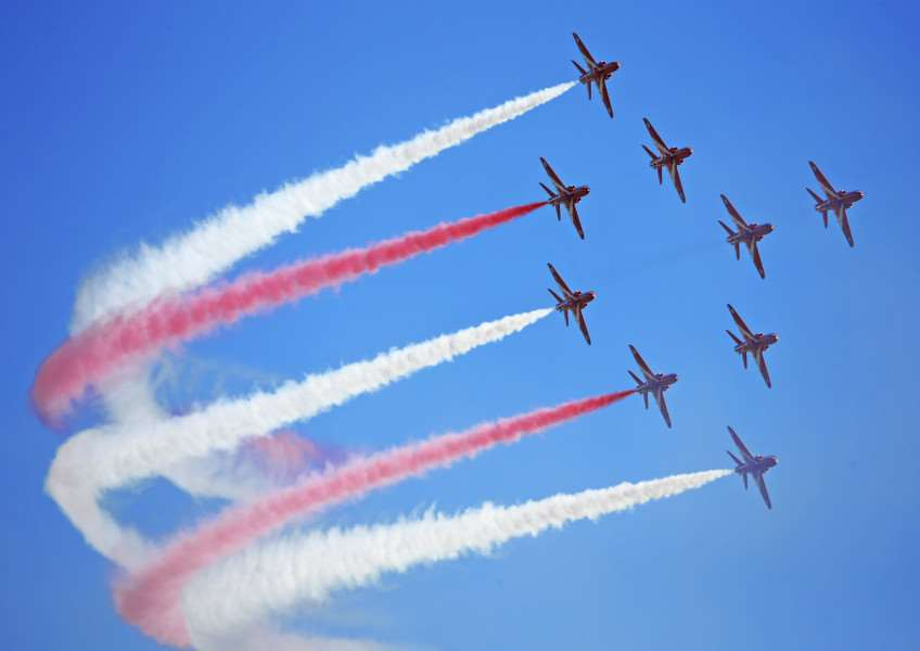 Red Arrows set for 2016 shows