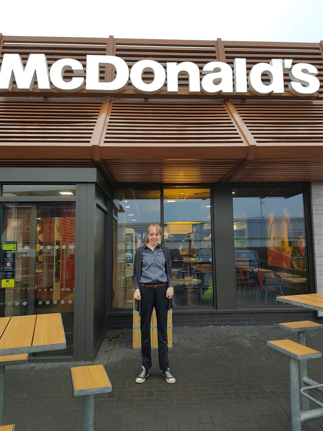 Bourne McDonalds work experience girl 271218 (6228212)