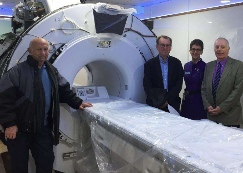The Friends of Stamford Hospital visit the MRI scanner EMN-171101-143553001