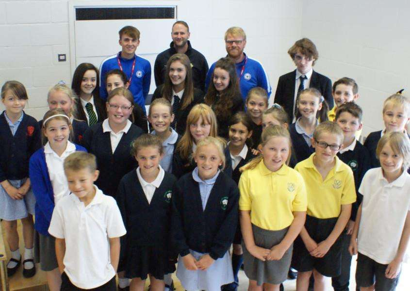 Peterborough United players visit Stamford Welland Academy. EMN-150813-120230001
