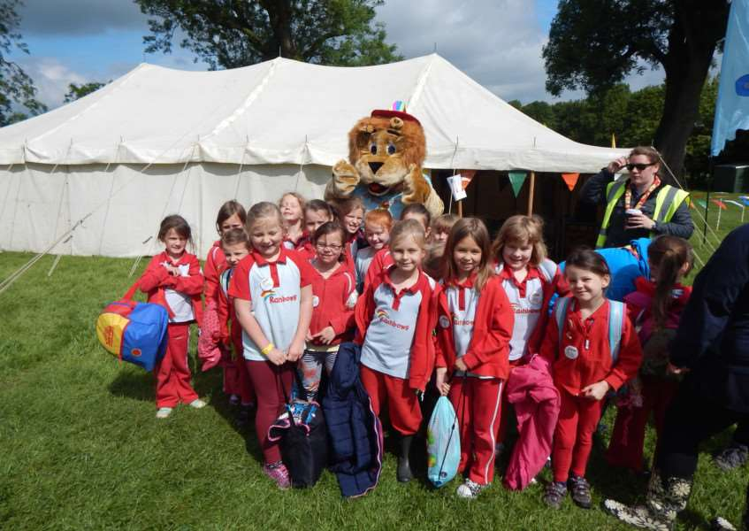 The Rutland Division of Girlguiding (Rainbows section) at Rainbows Roar at the Girlguiding Topstones county camping facility near the village of Billesdon. EMN-150622-105049001