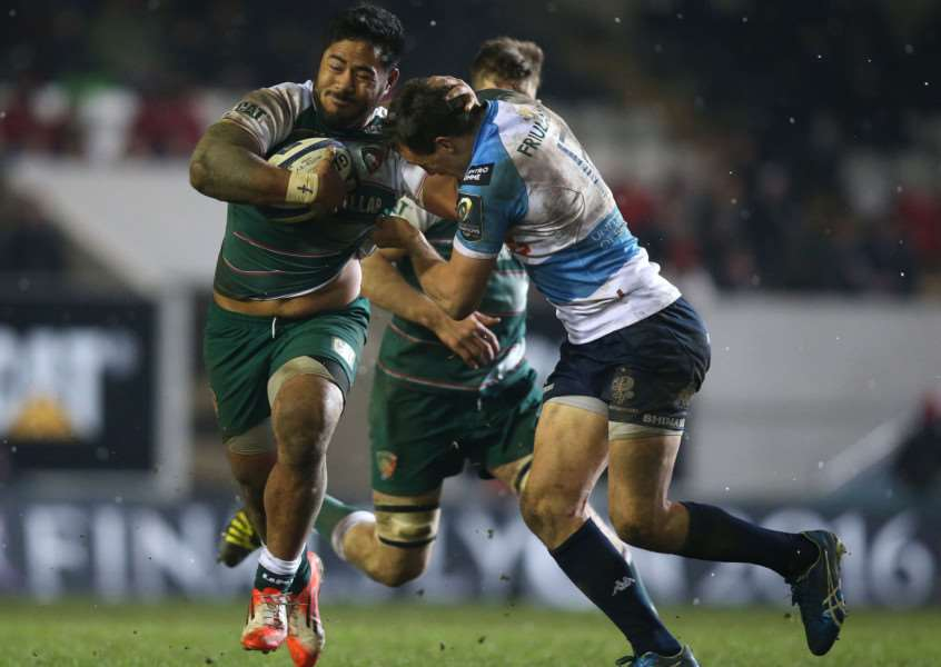 Leicester Tigers' Manu Tuilagi and Benetton Treviso's Alberto Sgarbi during the European Champions Cup, pool four match at Welford Road, Leicester. Photo: Mike Egerton/PA Wire EMN-160119-095600001