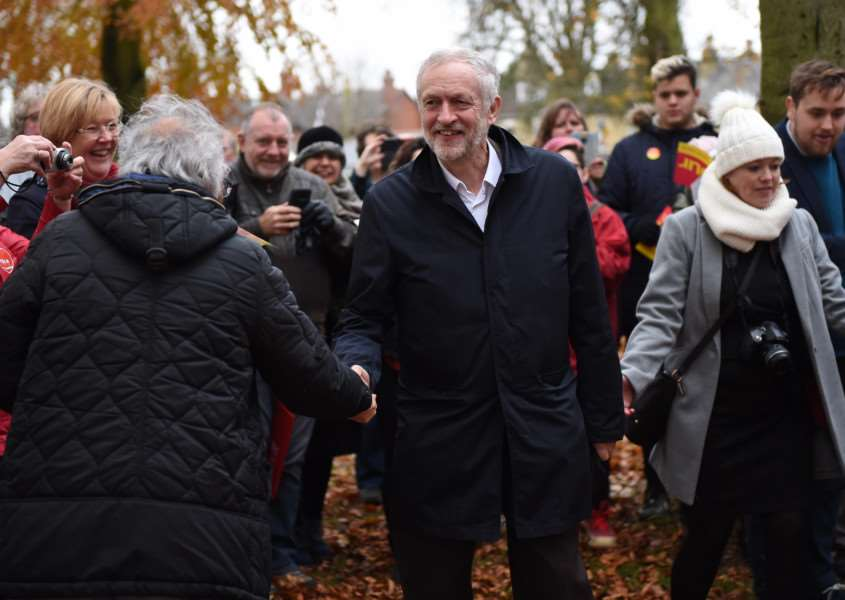 Labour leader Jeremy Corbyn arrives in Sleaford to cheers from the assembled crowd. Photo: Toby Roberts EMN-161120-164845001
