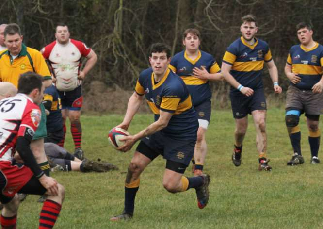 Bourne RUFC v Corby RFC. Photo: Simon Perkins EMN-150302-180115001