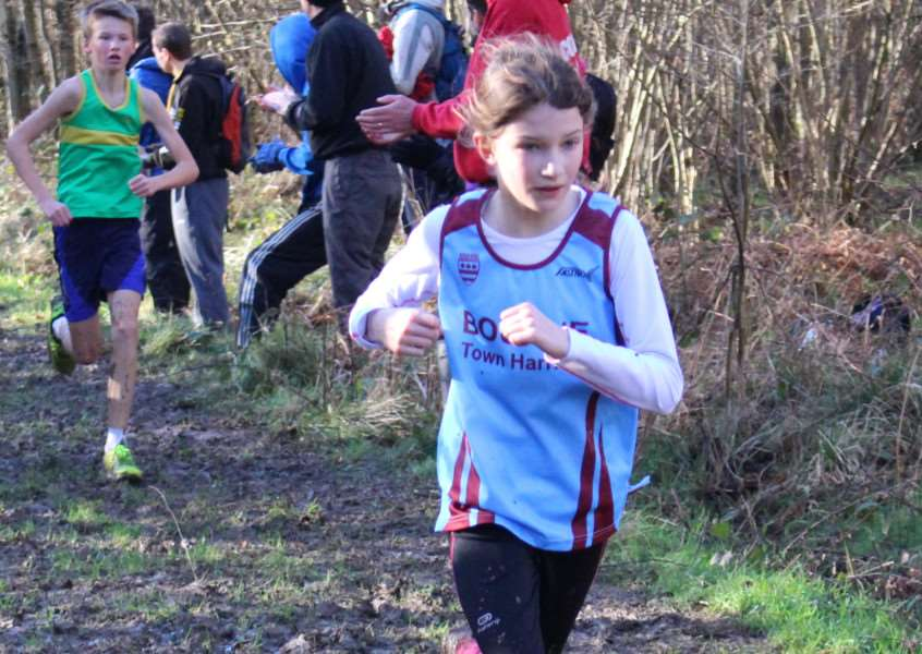 Bourne Town Harriers in action at Bourne Woods in the Frostbite League EMN-161002-165213001