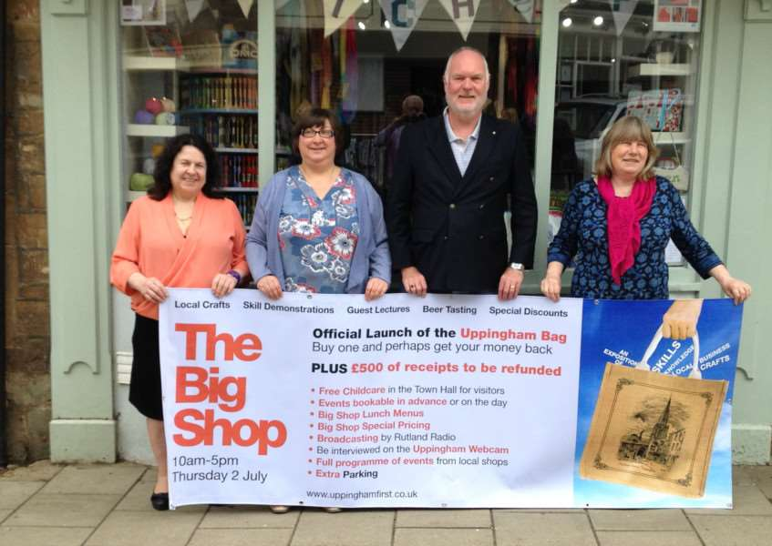 The Mayor of Uppingham, Coun David Ainslie and local traders inviting visitors to The Big Shop EMN-150624-113845001
