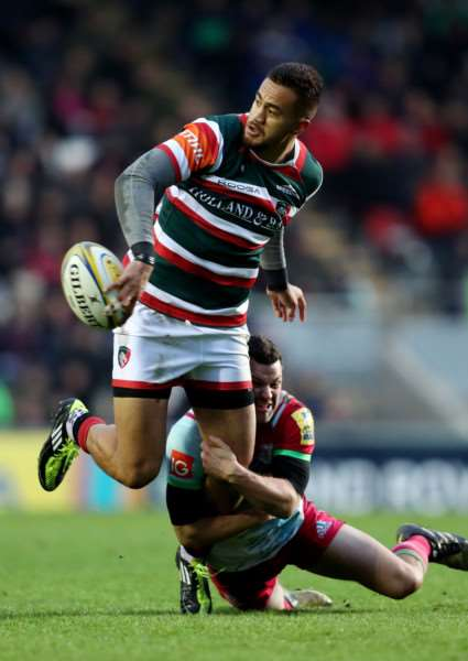 Leicester Tigers Peter Betham is tackled by Harlequins Karl Dickson during the Aviva Premiership match at Welford Road, Leicester. Photo: David Davies/PA Wire. EMN-161122-092512001