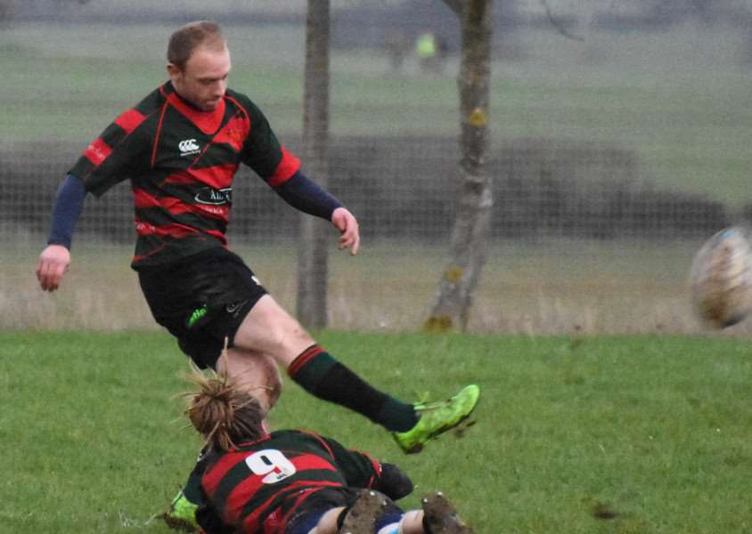 Stamford College Old Boys get the better of Bourne. Photo: Alan Walters EMN-151221-100548001